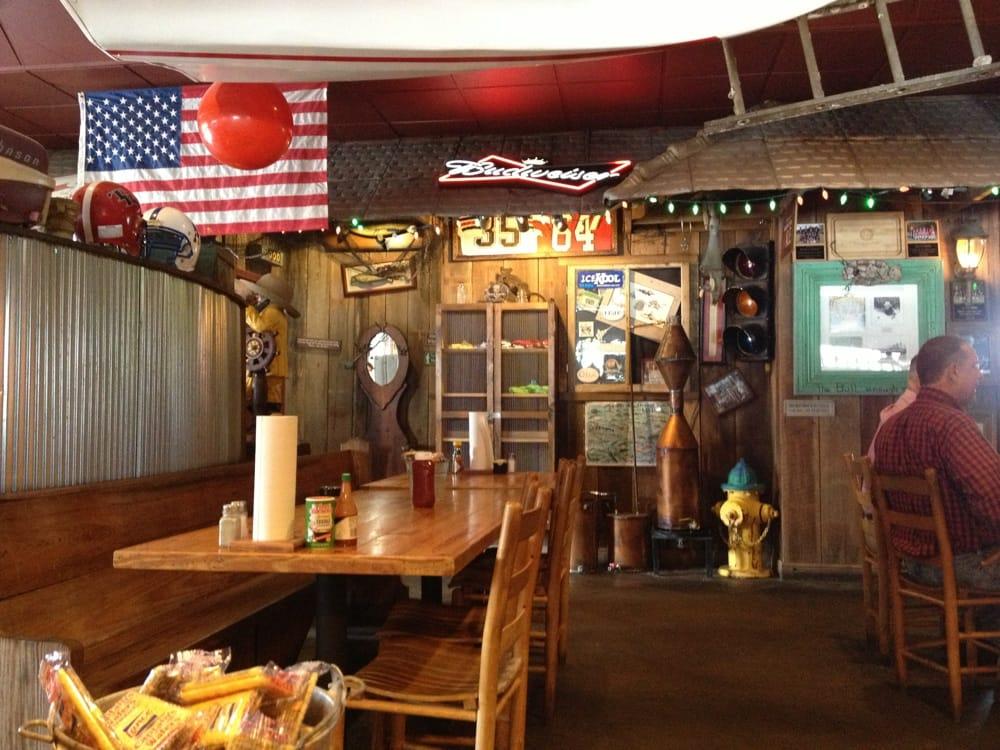 David's Catfish House: 24 The Trails, Brewton, AL