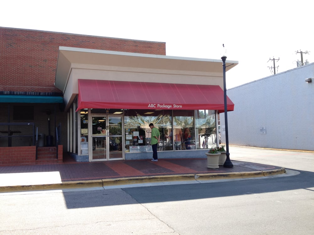 Cameron Village shopping center is a Raleigh tradition, woven into the lives of countless residents and visitors since With a variety of shops and restaurants to explore, each visit is a chance to celebrate what makes our community unique.