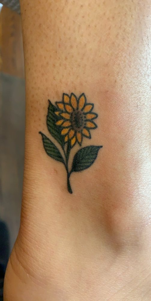 Anthem Tattoo Parlor: 230 NW 2nd Ave, Gainesville, FL