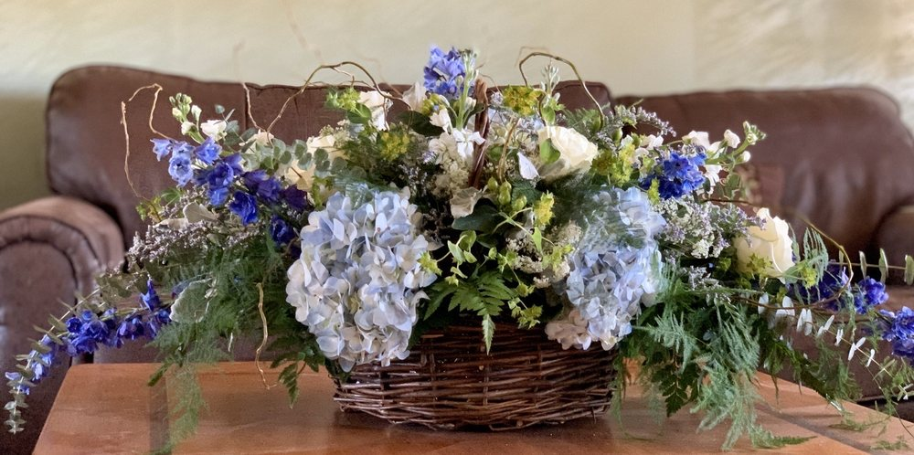 The Posy Shop Florist: 100 Boone St, Jonesborough, TN