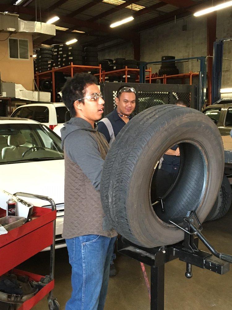 american tire company     reviews tires  kaihikapu st honolulu
