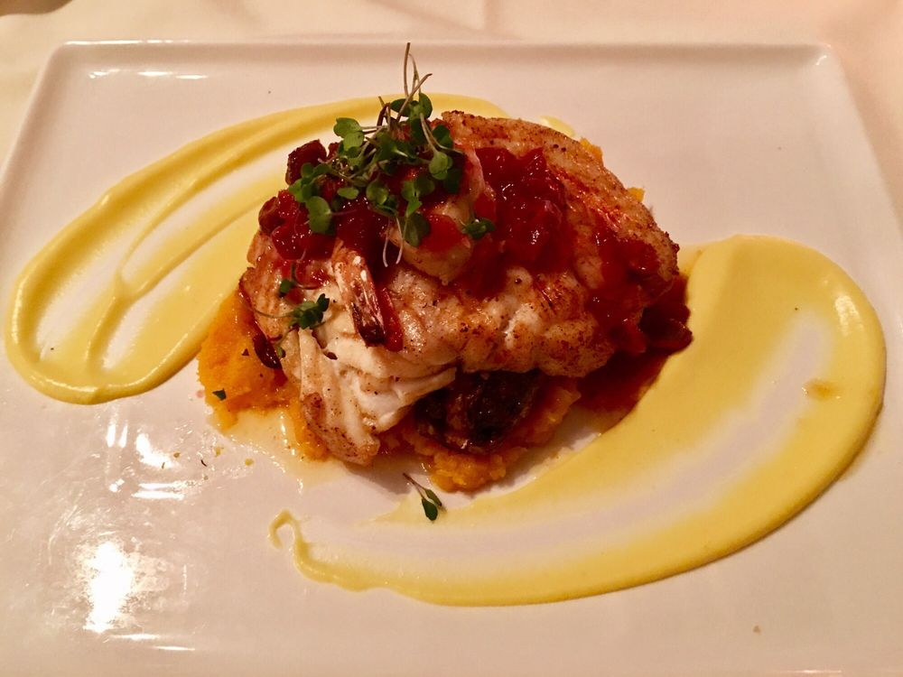 The Red Snapper Seafood Restaurant: 2100 Cheshire Bridge Rd NE, Atlanta, GA