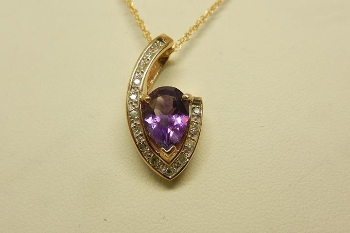 Diamond Mine Jewelers: 4101 W Hwy 146, La Grange, KY