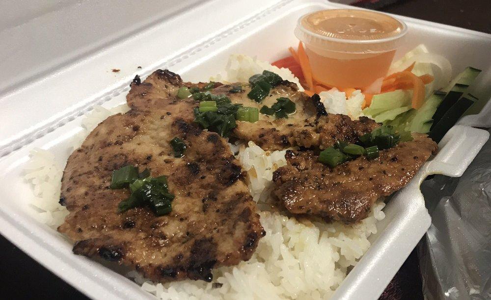 Photo of Bo Ne Restaurant - Woodbury, NJ, United States. Pork with rice