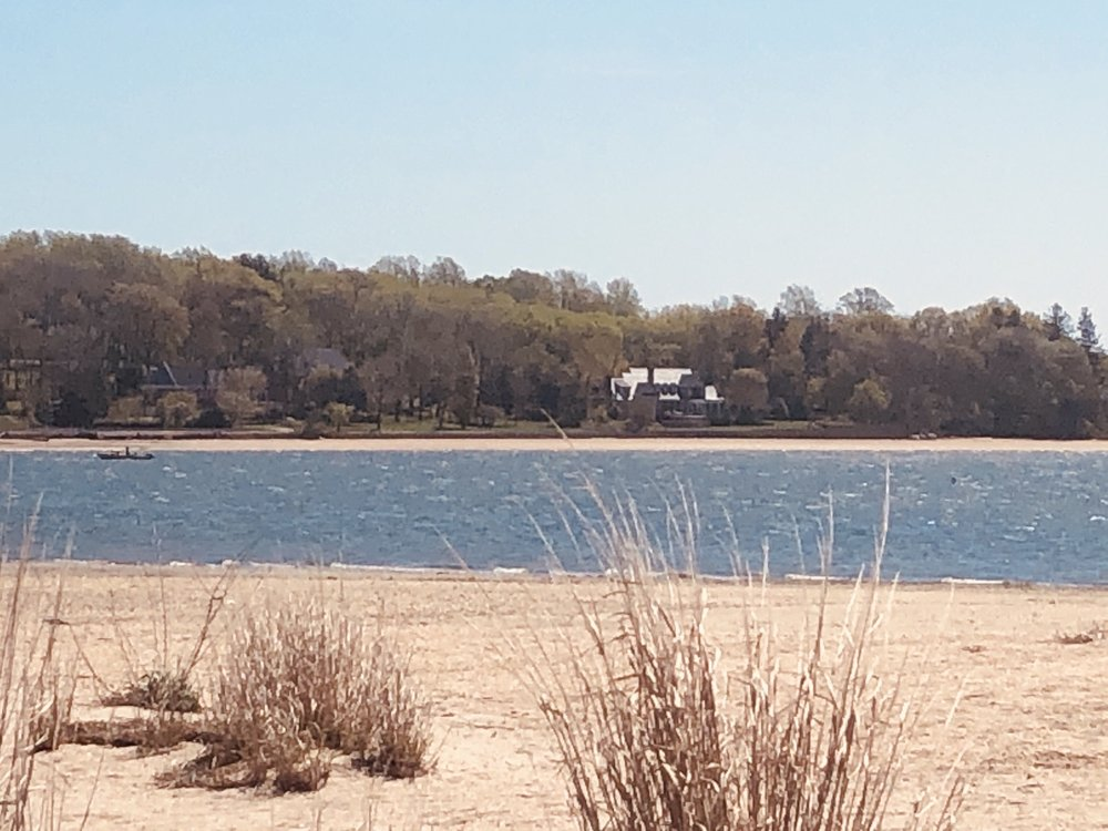 Center Island Beach Village Park: 2 W Harbor Dr, Bayville, NY