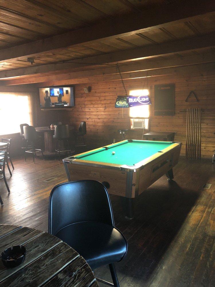 Bonus Lounge: 33785 State Hwy 51, Wagoner, OK