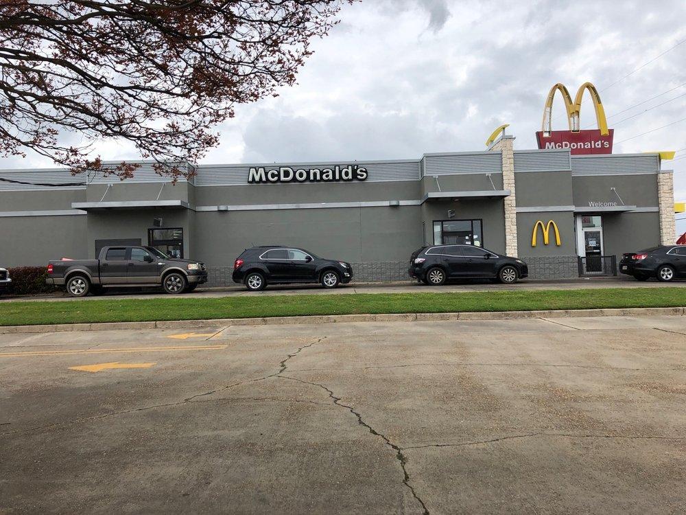 McDonald's: 8023 Desiard Hwy, Monroe, LA