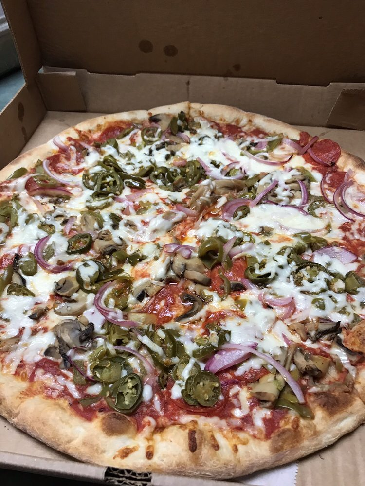 Elizabeth's Pizza Express: 71 E Salisbury St, Denton, NC