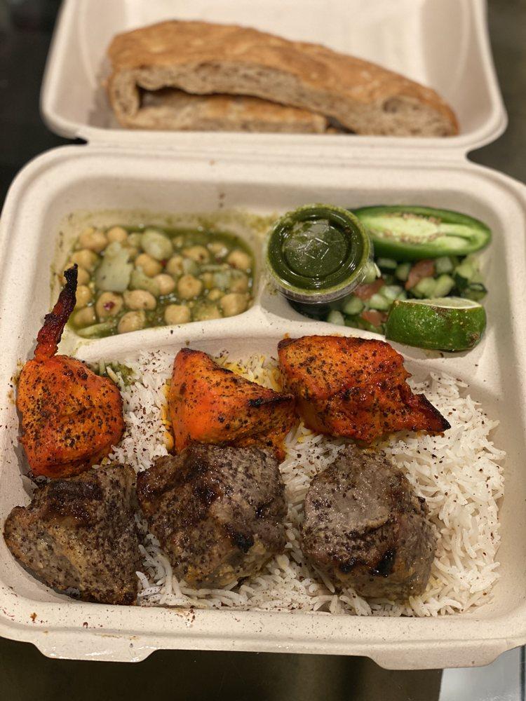 De Afghanan Cuisine