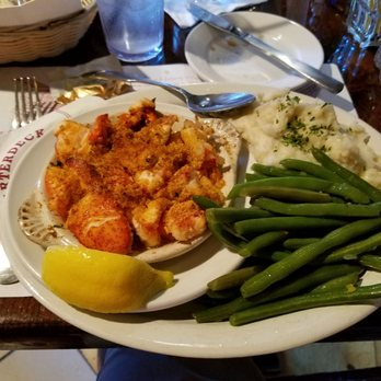 Photo Of The Quarterdeck Restaurant Falmouth Ma United States Lazyman S Lobster