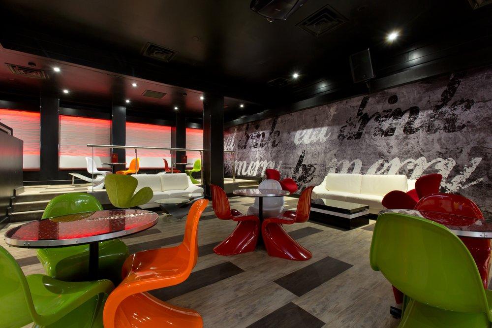 One 11 Bar & Lounge: 111 W Main St, Clinton, NJ
