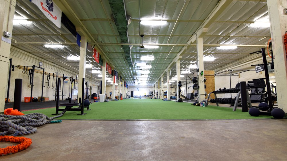 Facet Seven Heights - Studio Fitness: 2215 Lawrence St, Houston, TX