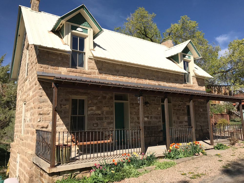 The Stone House Inn: 270 Hwy 92, Crawford, CO
