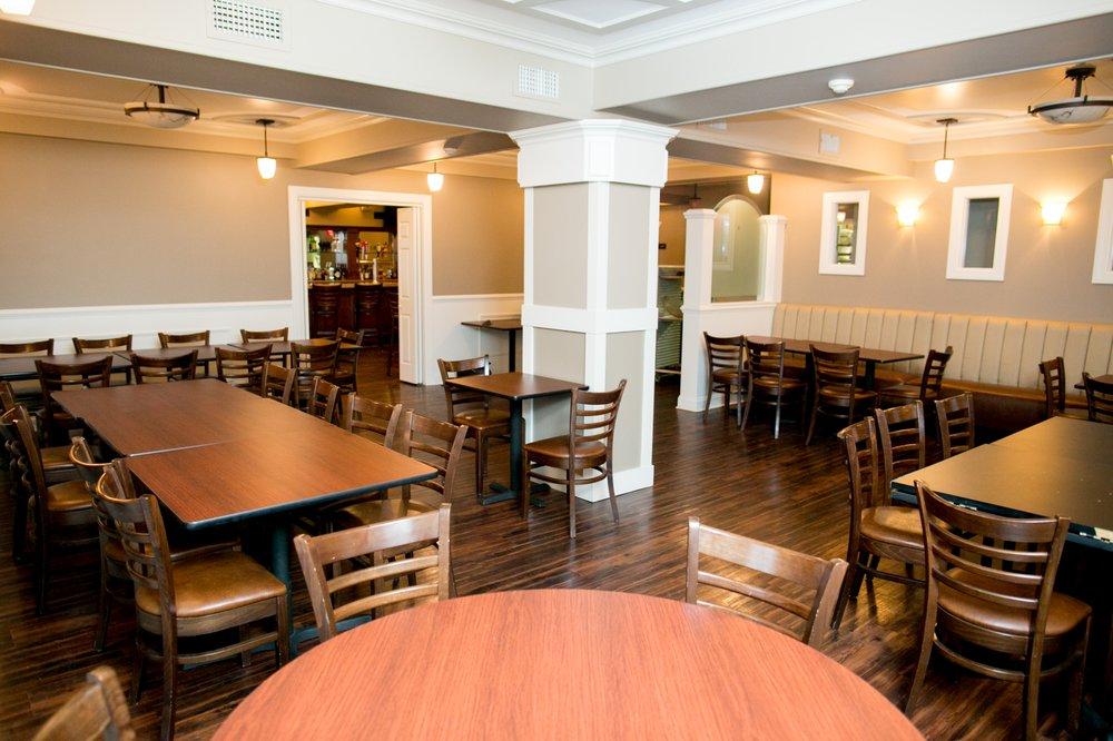 Crossed Keys Inn: 136 Main St, Andover, NJ