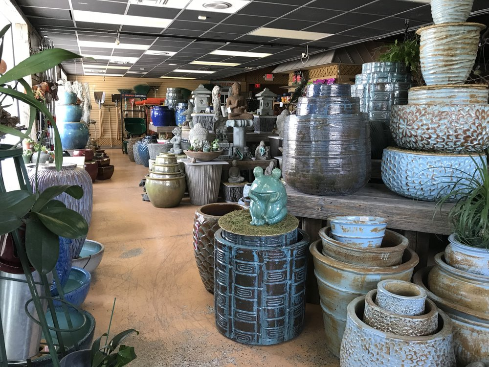 Mama's Garden Center: 111 Overseas Hwy, Rockland Key, FL
