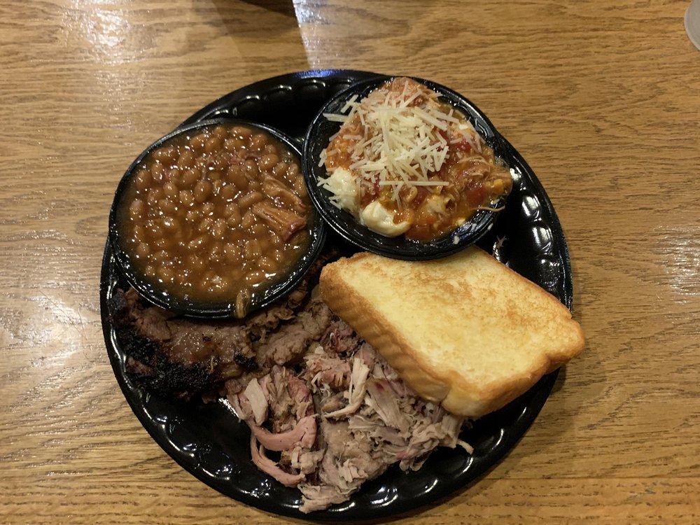 Bigun's Barbecue: 362 Carns Mill Rd, Talking Rock, GA