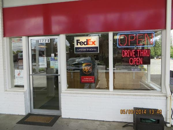The Mailbox Shipping & Receiving: 1770 Front St, Lynden, WA