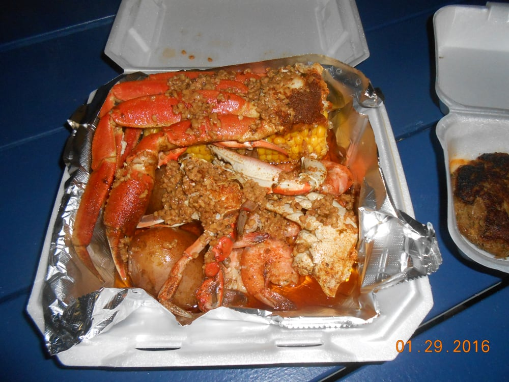 Cowboy Crabs and Seafood
