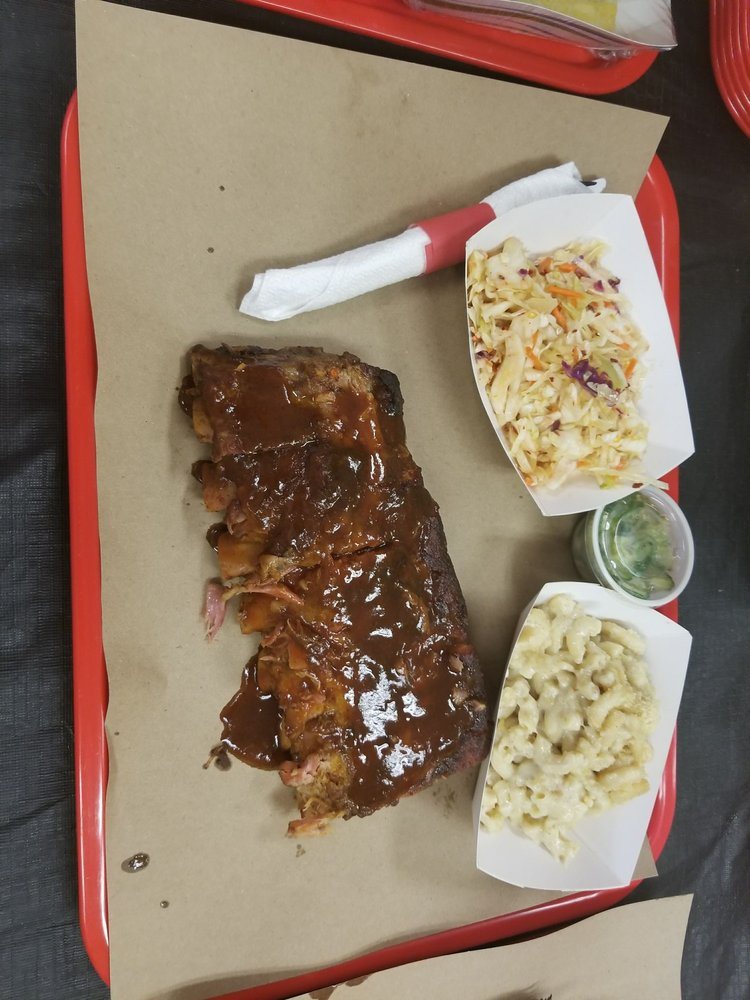 Legal Swine BBQ: 3169 Route 9W, Saugerties, NY