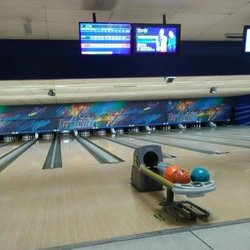 New Brunswick Bowling >> Yelp Reviews For Brunswick Zone Heather Ridge Lanes 22 Reviews