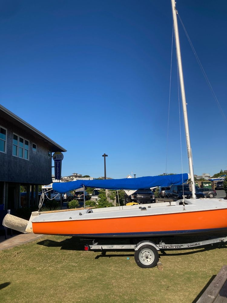 Nor'Banks Sailing & Watersports: 1314 Duck Rd, Duck, NC