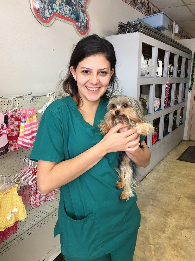 Duke & Dutchess Pet Center: 7345 Miami Lakes Dr, Miami Lakes, FL