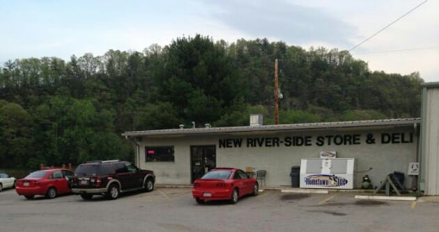 New River Side Store & Deli: 5785 Fries Rd, Galax, VA