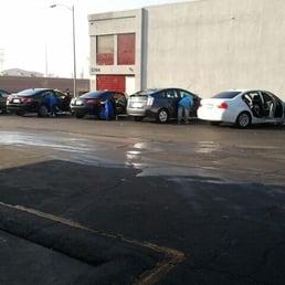 Glendale Galleria Car Wash