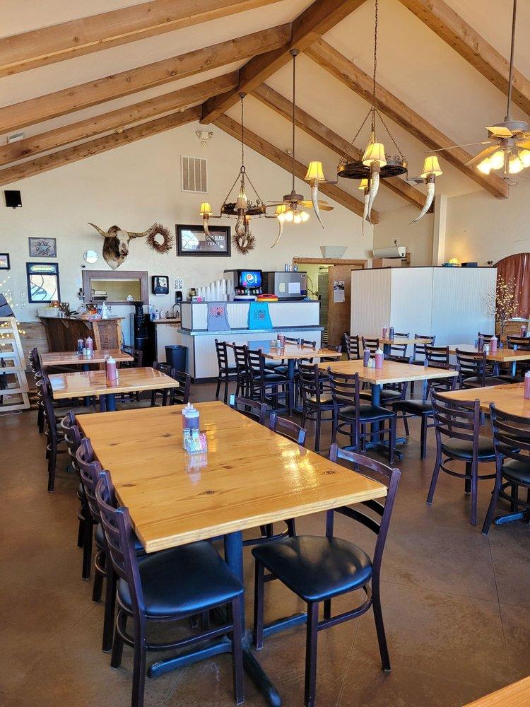 Starr Stop Cafe: 9003 I-20, Eastland, TX