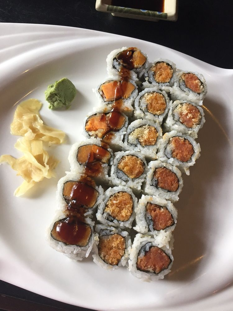 Lily Sushi Grill & Seafood Bar: 1908 Walbert Ave, Allentown, PA