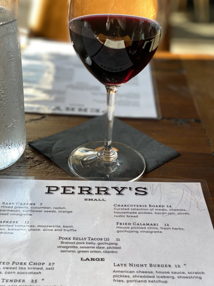 Perry's: 105 S Meridian, Puyallup, WA