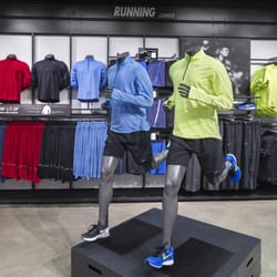 4c8763e21241 Nike Factory Store - 33 Photos - Shoe Stores - 2150 N Eagle Rd ...