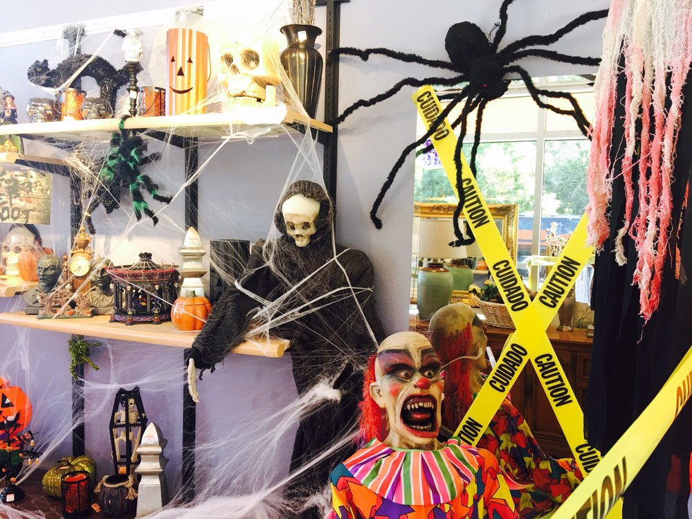 Amazing Store To Shop For Some Halloween Decorations And ...