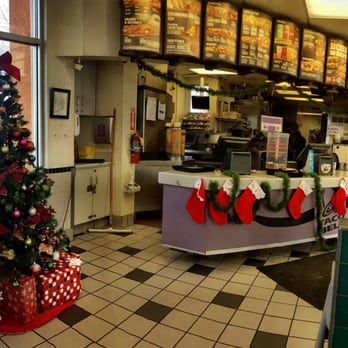 Taco Bell Christmas Hours.Christmas At Taco Bell Yelp