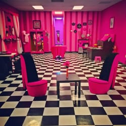 tickled pink and posh party boutique - 48 photos - venues & event