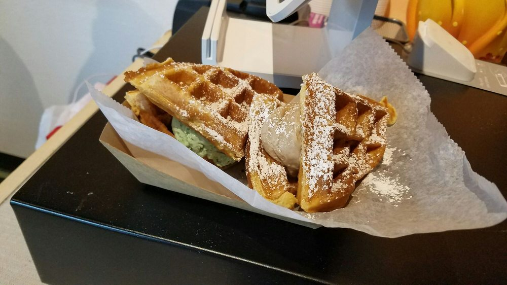 Boardwalk Waffles & Ice Cream: 7376 Manchester Rd, Maplewood, MO