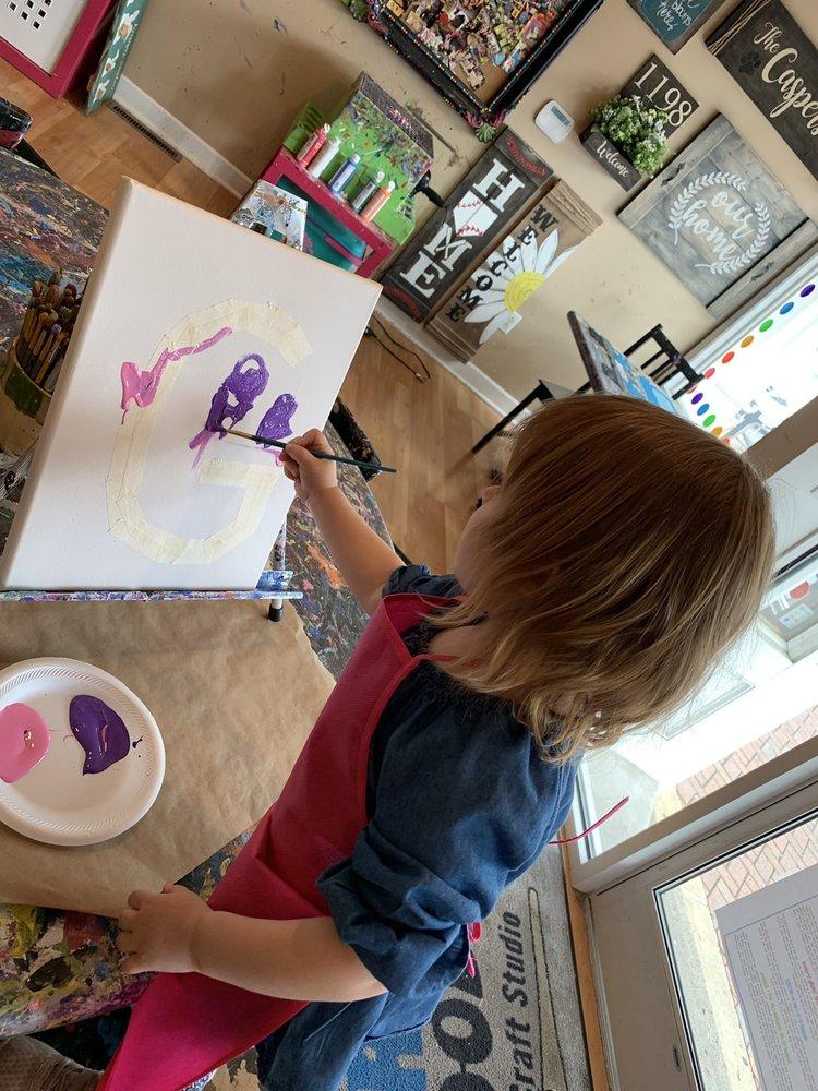 Artsy Doodle Craft Studio: 420 3rd St, Beaver, PA