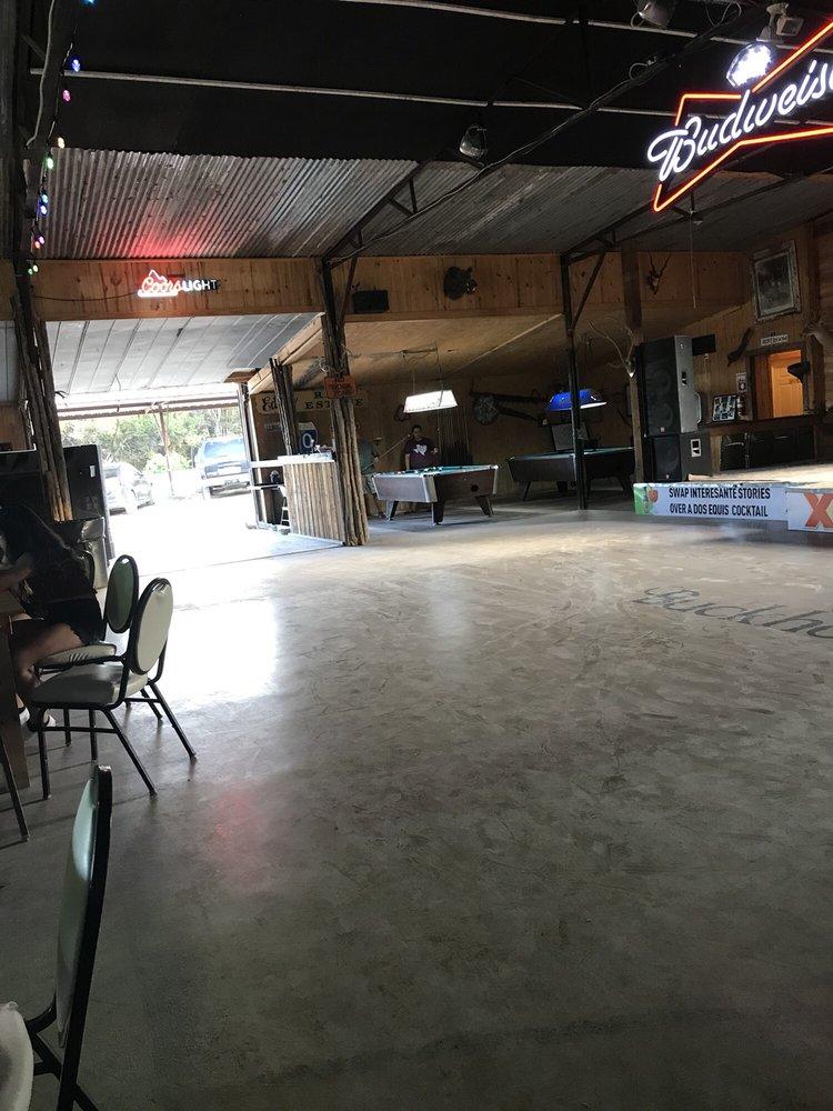 Buckhorn Bar & Grill: 4377 S US Highway 83, Leakey, TX