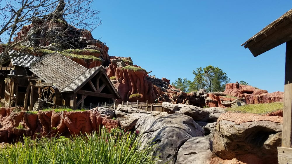 Splash Mountain: 1180 Seven Seas Dr, Orlando, FL