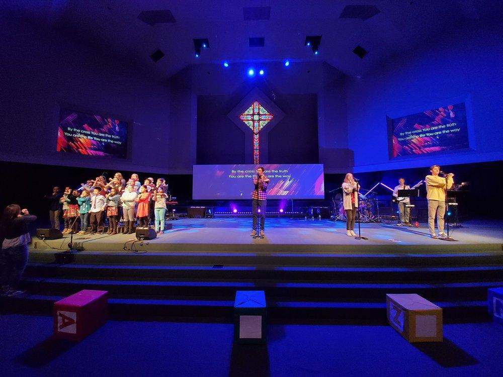 First Free Church: 1375 Carman Rd, Ballwin, MO