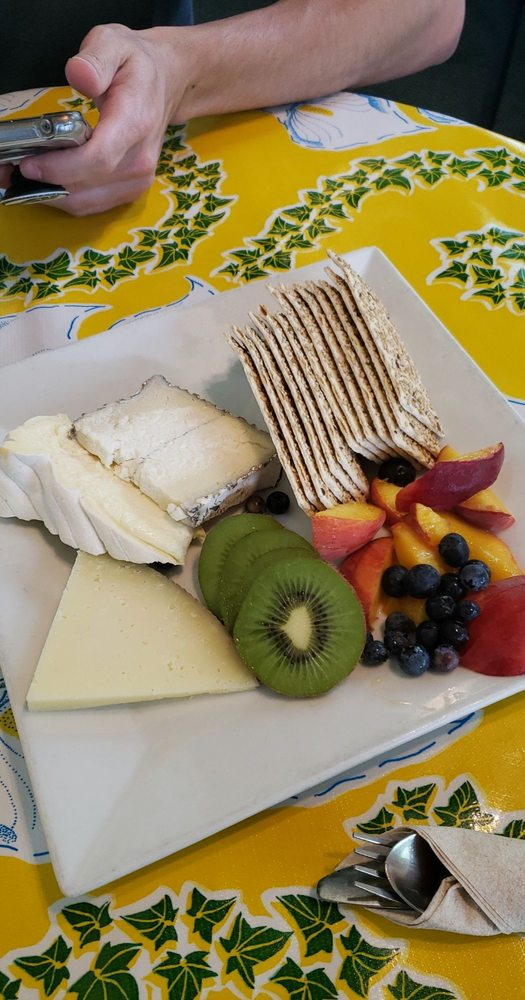 Fromage & Other Fine Foods: 31 Earl St, Clayton, GA