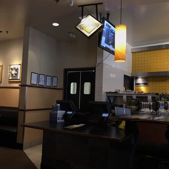 California Pizza Kitchen 98 Photos 180 Reviews Pizza 401 Ne Northgate Way Northgate