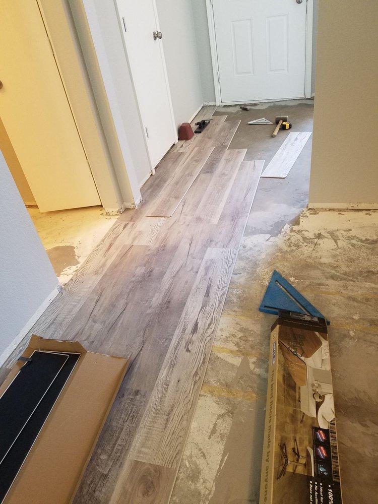 Floor N More: 1860 E I-30, Rockwall, TX