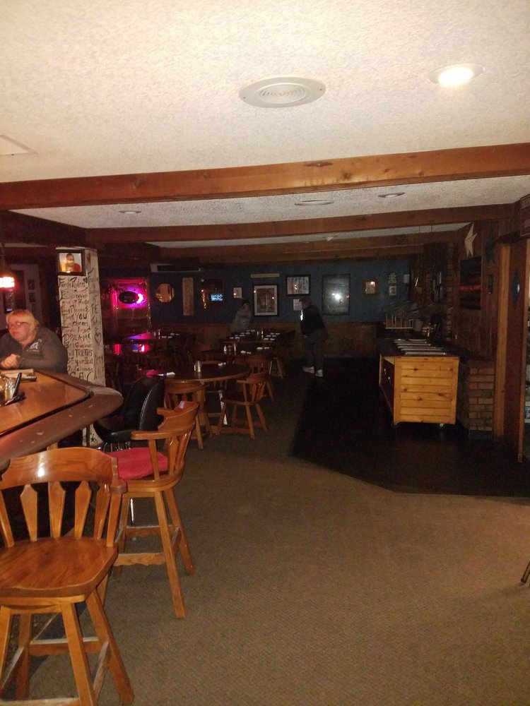 Hill's Still Supper Club Catering: 10303 State Rd 55, Pearson, WI