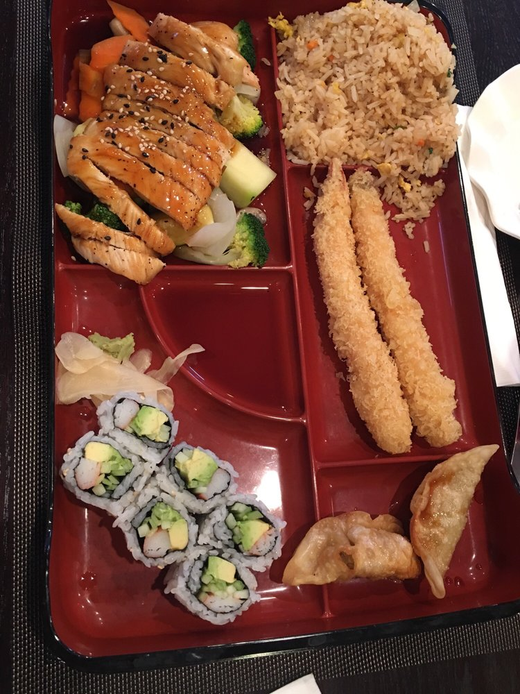 Tokyo Sushi Bar And Steak House: 17041 Bel Ray Blvd, Belton, MO