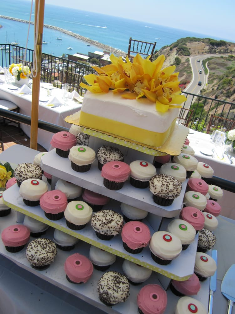 sprinkles cupcakes wedding