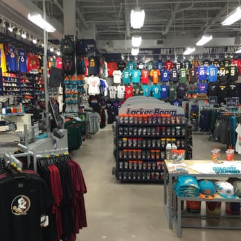 dc53cae48b013 Lids Locker Room - Sports Wear - 8000 W Broward Blvd SP1230 ...