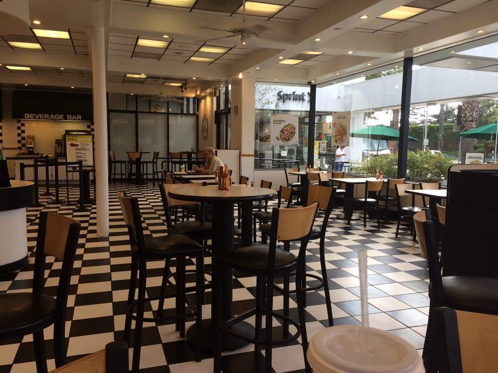 Restaurants Near  Santa Monica Blvd