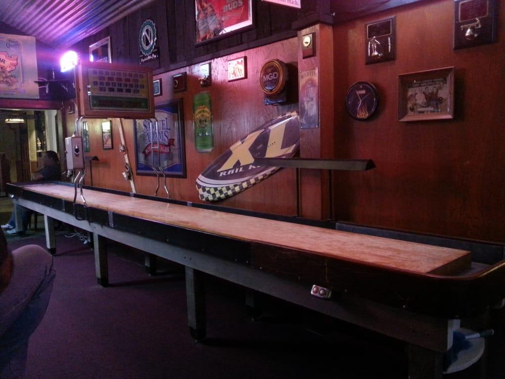 True Brew Beer & Wine Bar: 1301 Solano St, Corning, CA