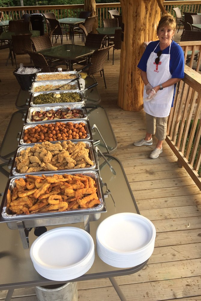 Holy Smoke Catering: 1004 Forest Dr, New Market, TN